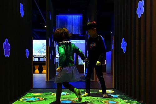 Fuhua interactive 3d projection mapping for kids for museum-6
