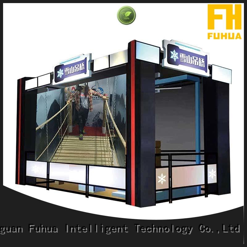 Attractive virtual reality bridge suspension different experience for aquariums