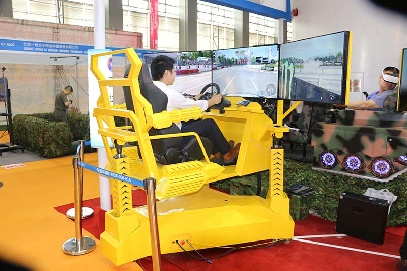 Fuhua screen vr racing car dynamic control technology for theme park-1